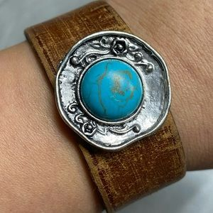 Jewelry - Turquoise Leather Cuff
